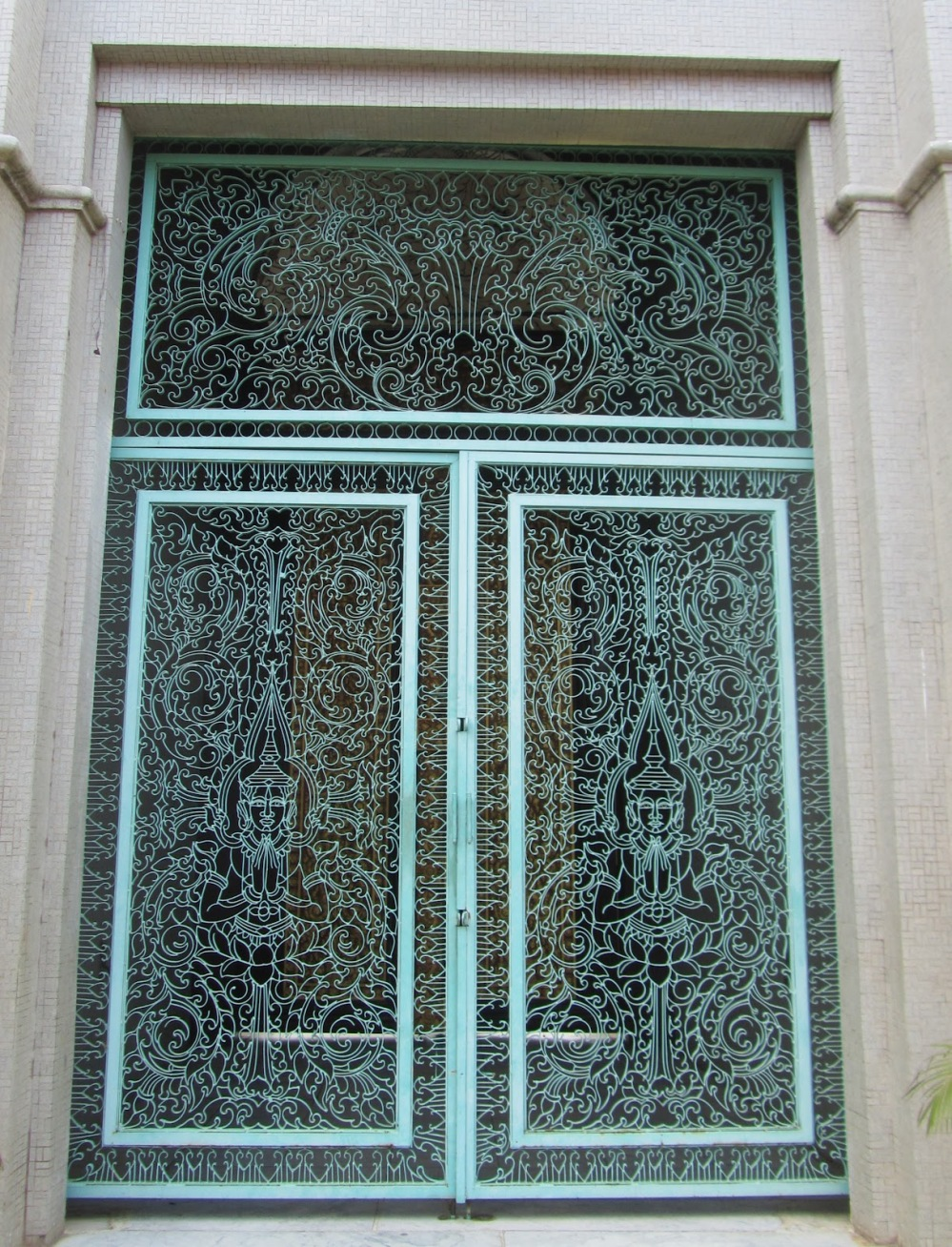 LOVE these doors