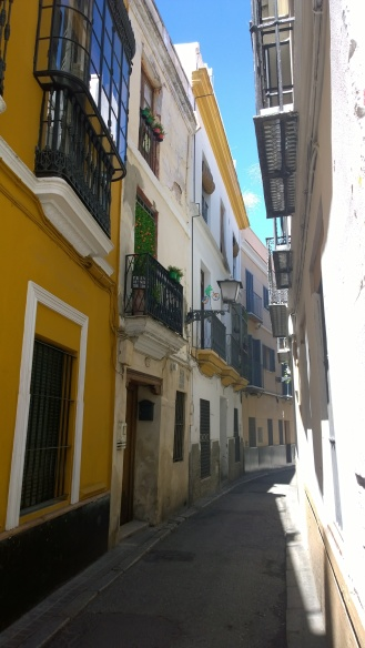 Small streets of Sevilla